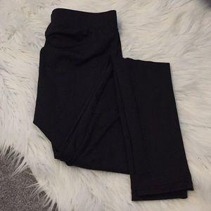 Pants - Basic black stretchy leggings